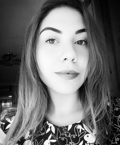 Елена Туранова
